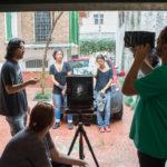 Explicações sobre a teoria de formação de imagens nas câmeras fotográficas.